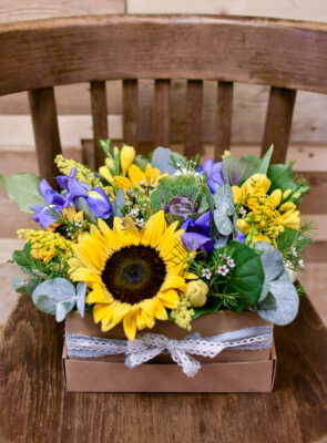 Flowerbox s barevnými květy