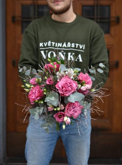 Velká zimní růžová kytice