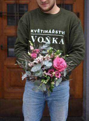 Malá zimní růžová kytice