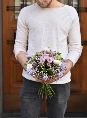Malá růžová letní kytice