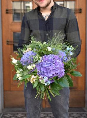 Velká kytice s hortenziemi